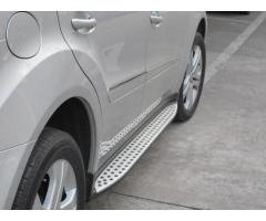 Estriberas laterales Mercedes ML W164